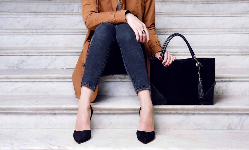 handbag match your outfit